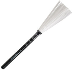 Innovative Percussion BR3 Wood Handle Nylon Brushes Medium - miotełki